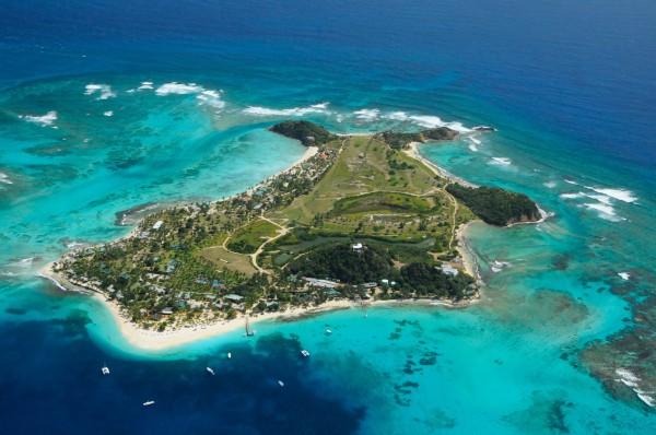 palm-island--grenadines_palm-island-ariel-view