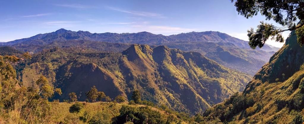 Hiking Ella Rock in Sri Lanka