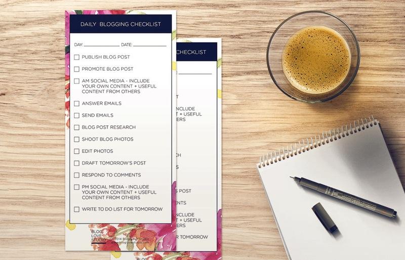 Daily-Blogging-Checklist-Floral