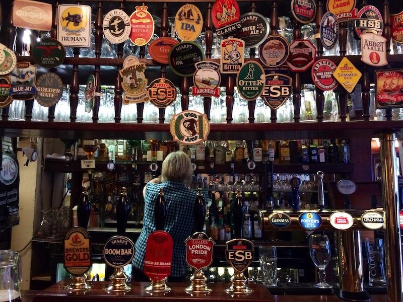 A proper British boozer - The Pride of Spitalfields