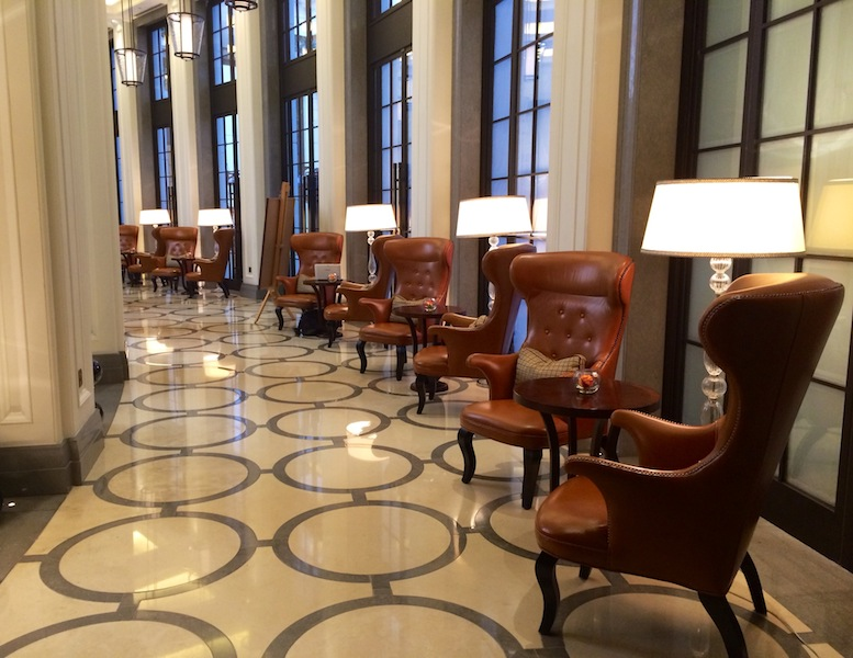 Ample space to work in the grand lobby