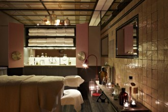 Treatment room at spaQ Sydney (image thanks to spaQ Sydney)