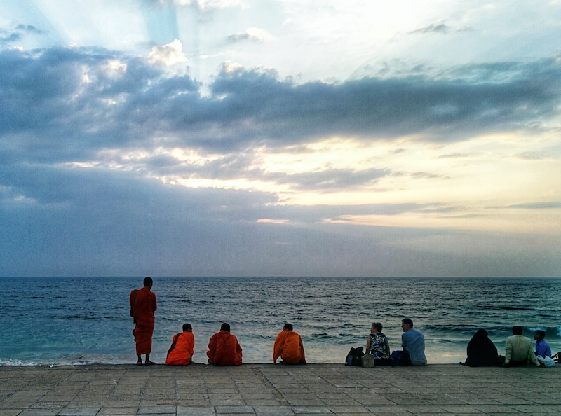 Watching sunset with the locals at Galle Face Green