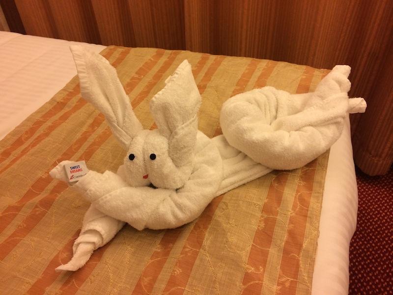 Bug's Bunny bearing gifts