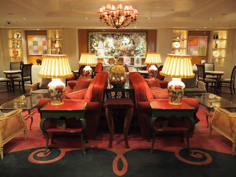 The Rose Lounge serves Afternoon Tea to the sound of a harpist