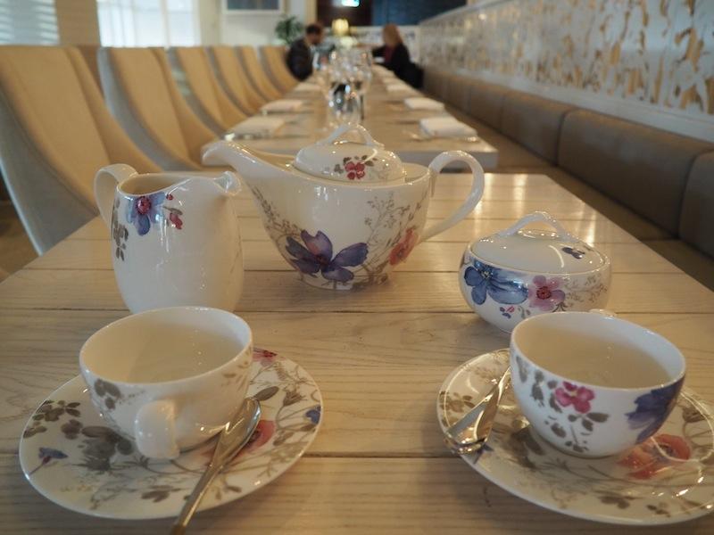 Can I keep the tea set please?