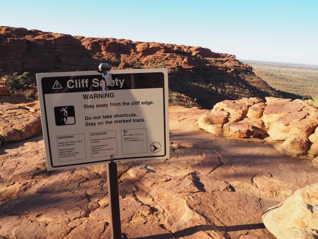 Tips For Hiking The Kings Canyon Rim Walk - Northern Territory, Australia