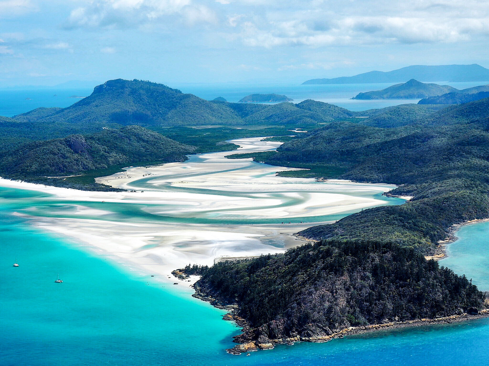 How to visit the Great Barrier Reef – 5 Queensland Holiday Ideas