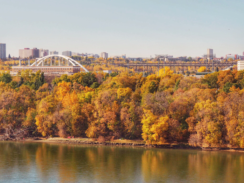 autumn colours in edmonton