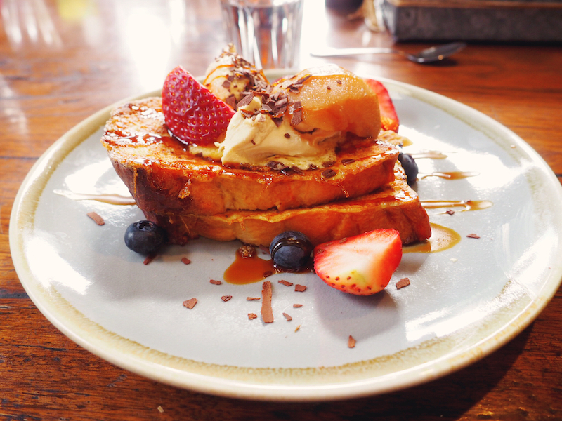 French toast Lux Foundry - Best brunch in Brunswick