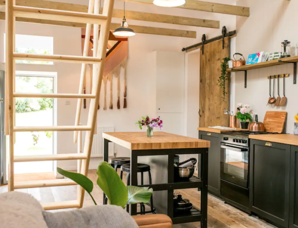best airbnb in Cornwall for couples