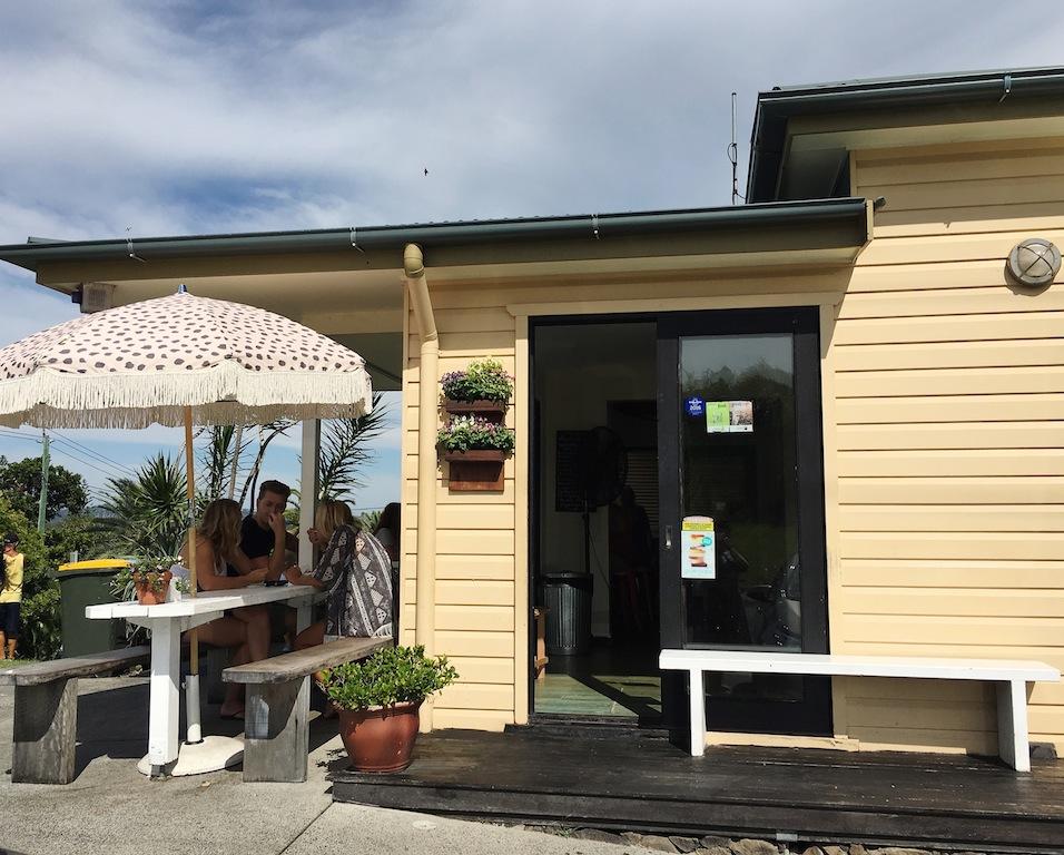 Sunny spot at Top Shop Byron Bay