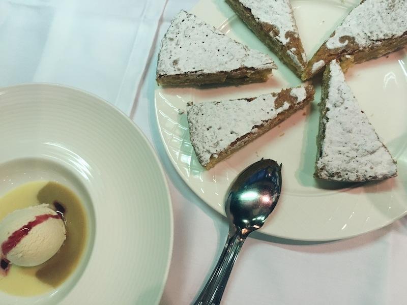 Torta de Santago - the must try almond cake in Galicia