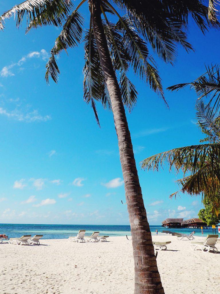 View of the overwater villas at Adaaran Select Hudhuranfushi