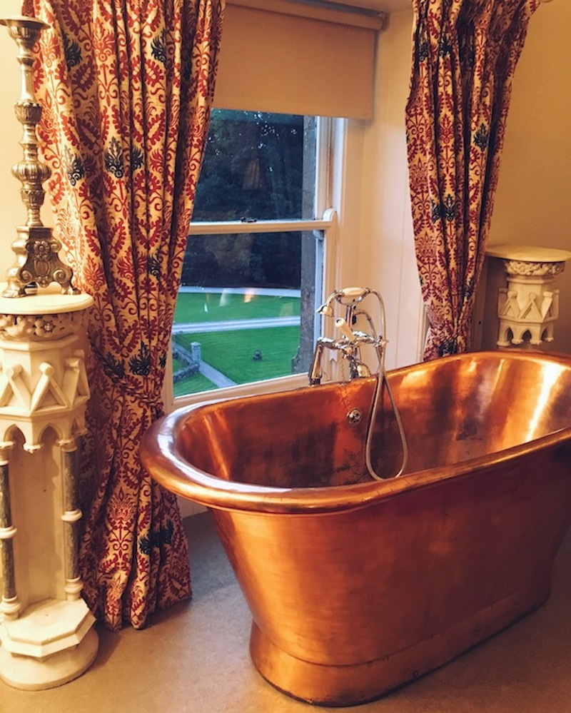That bath tub though