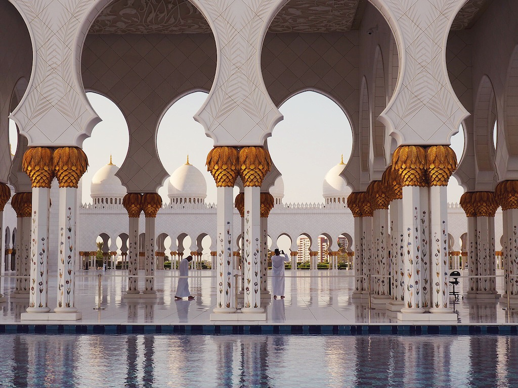 Tips For Visiting Sheikh Zayed Grand Mosque - Must See In Abu Dhabi