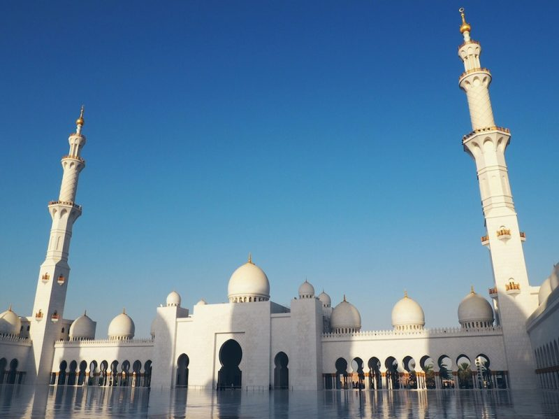 Tips For Visiting Sheikh Zayed Grand Mosque – A Must See In Abu Dhabi