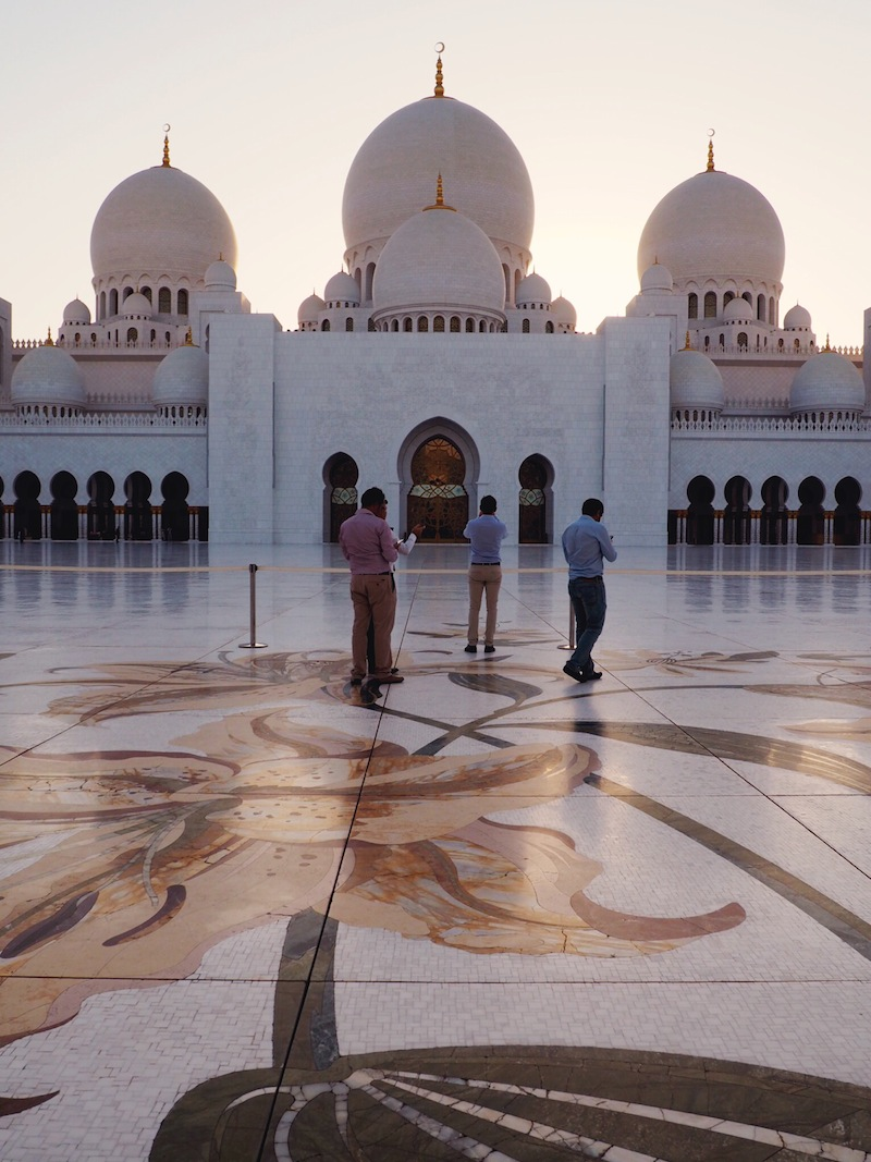 Tips for visiting Sheikh Zayed Grand Mosque in Abu Dhabi