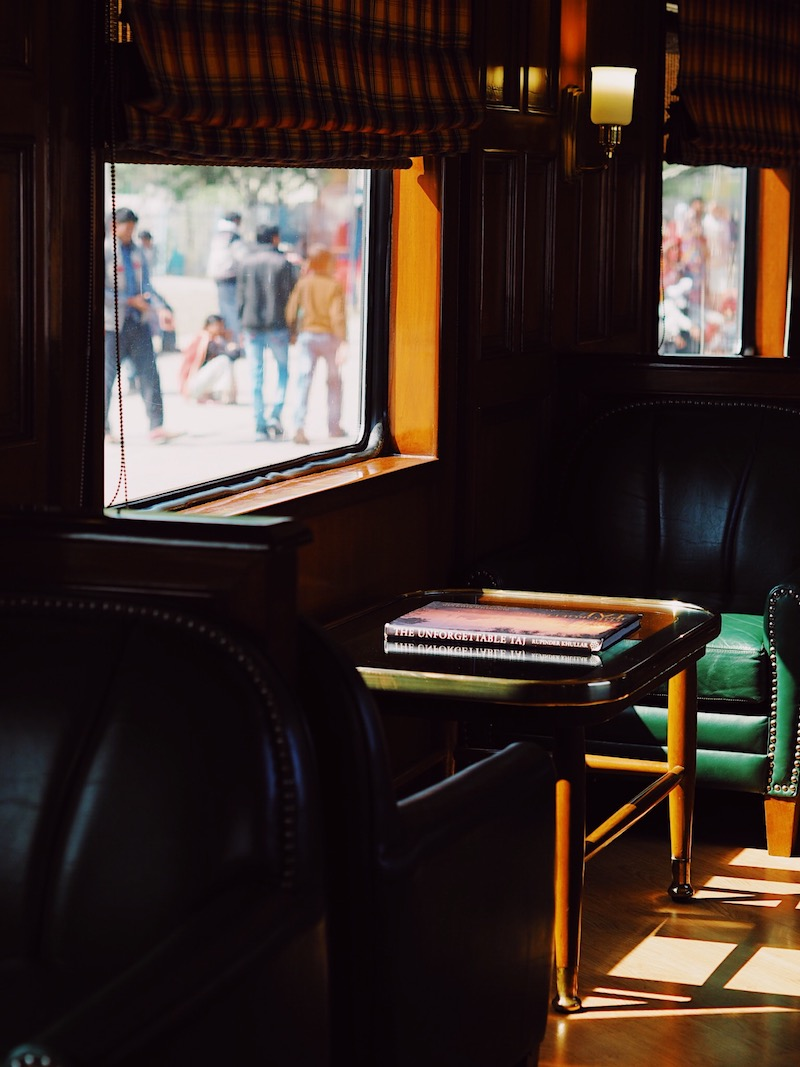 Maharajas' Express Review | World's Leading Luxury Train In India | Lounge