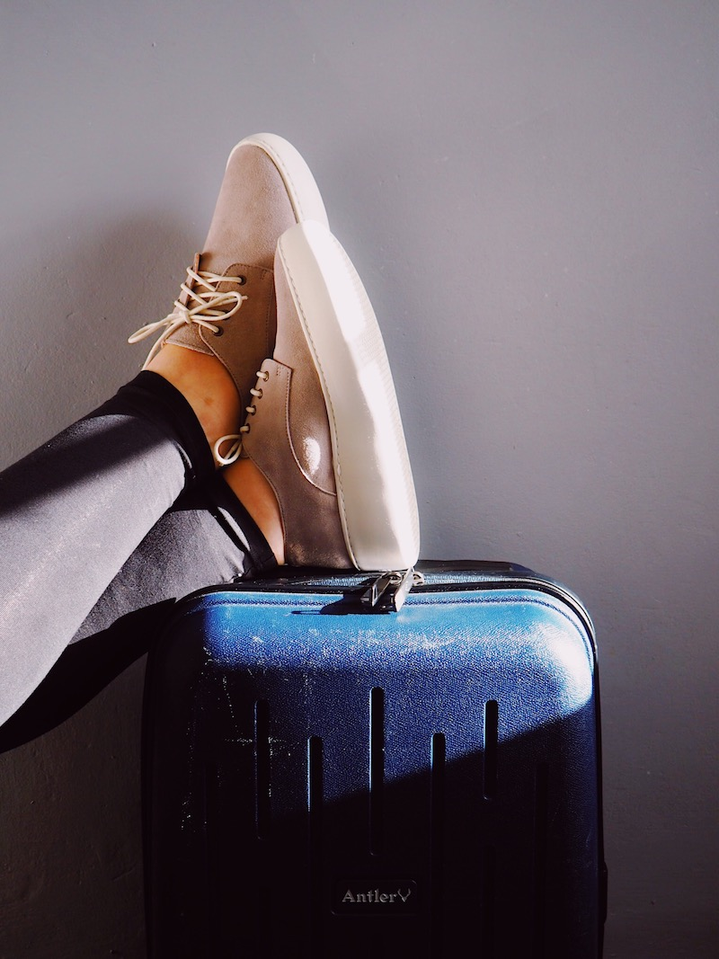 The Best Shoes For Travel & Flying - Rollie Review