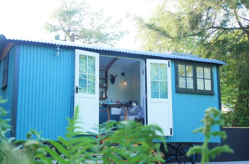 The Wriggly Tin airbnb shepherd's hut Cornwall