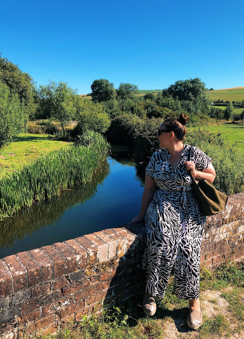 Travel blogger in Dorset