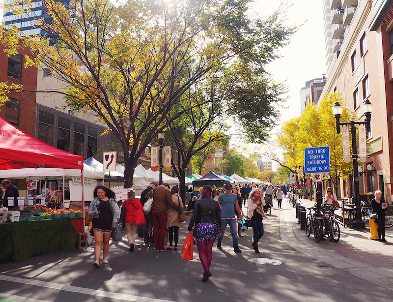 Visiting 104th Street Farmer's Market with Edmonton Food Tours