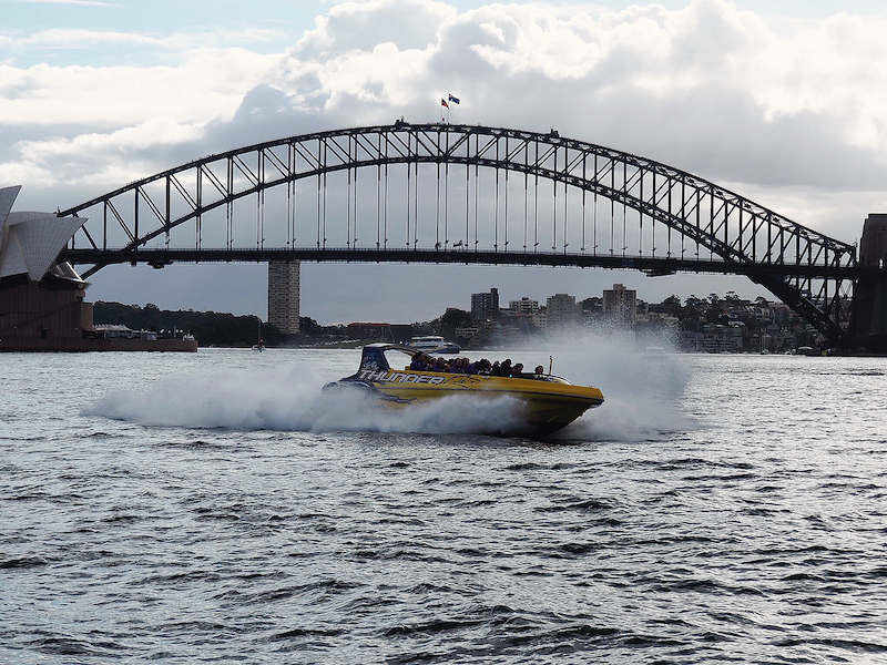 Jet boat ride Sydney Harbour