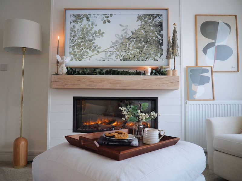 Electric insert fire place